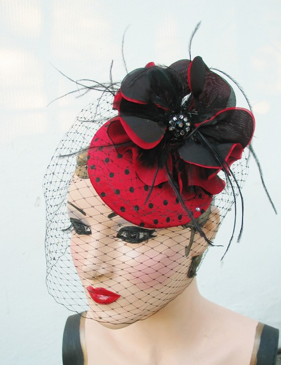 gothic-wedding-fascinator