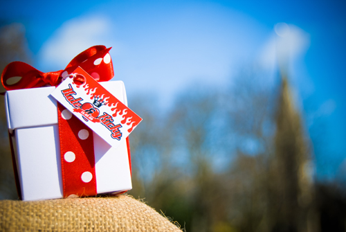 rockabilly-wedding-favors-2