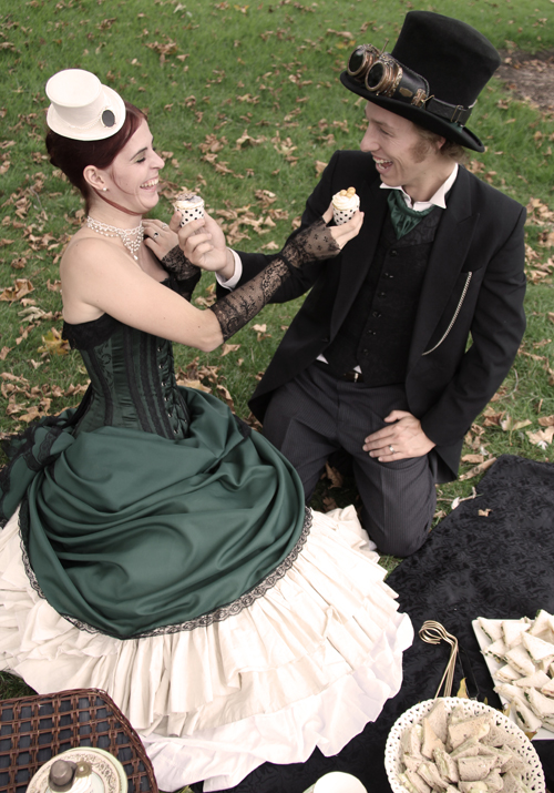 steampunk-wedding-cog-cupcakes-2