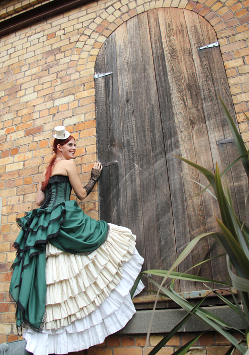 steampunk-wedding-gown-door-pleats